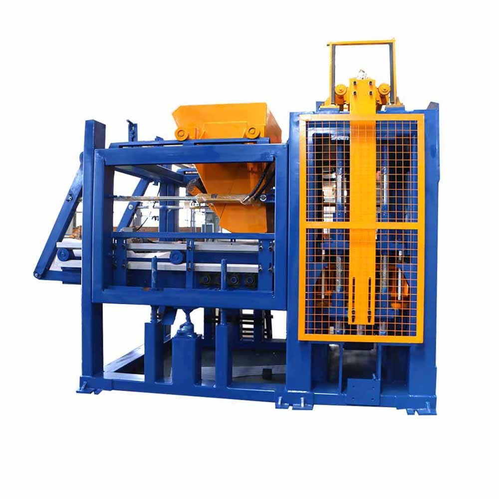 Fully automatic concrete paver making machine